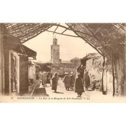 WW MARRAKECH. Rue et Mosquée de Bab Doukkala