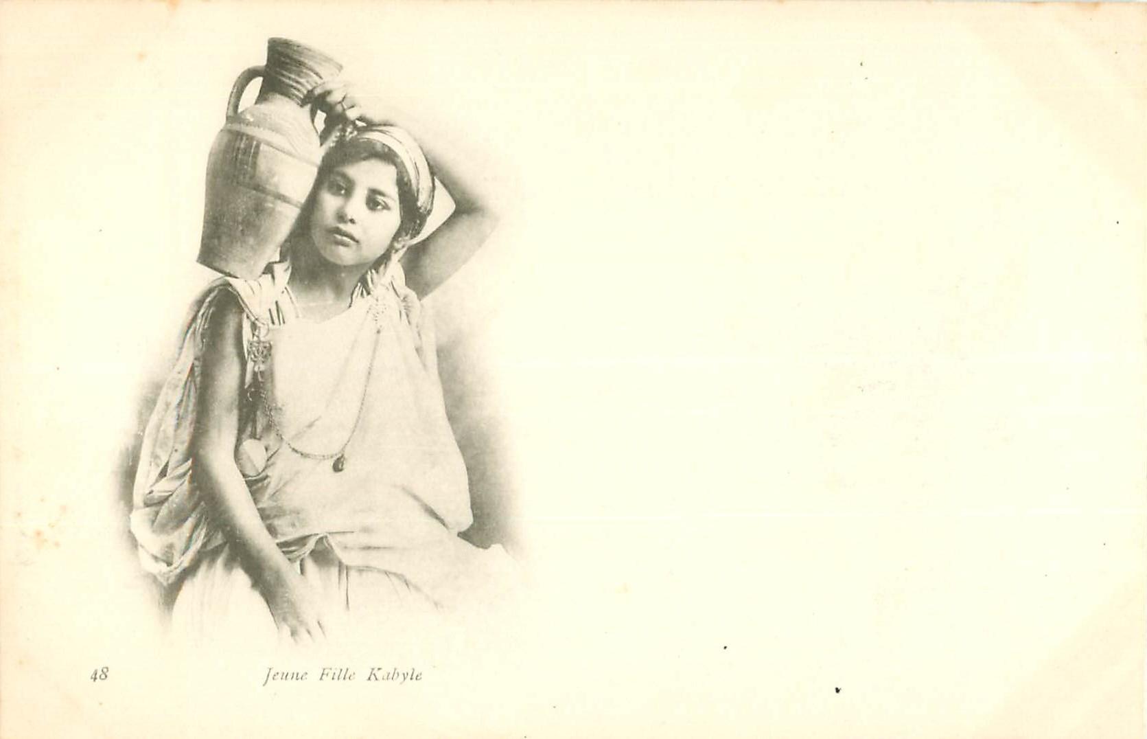 WW ALGERIE. Jeune Fille Kabyle vers 1900