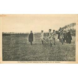 WW MILITAIRES. Le Président Poincaré remettant des Fourragères à la 47 Division