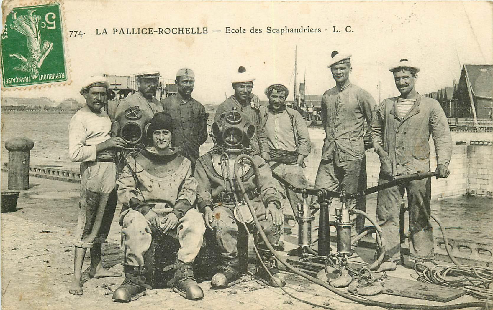 17 LA PALLICE-ROCHELLE. Ecole de Scaphandriers 1912