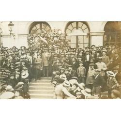 86 CHATELLERAULT. A la Gare départ pour Paris de Conscrits 1912