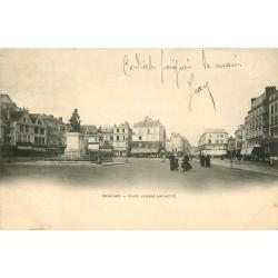 60 BEAUVAIS. Place Jeanne Hachette 1903