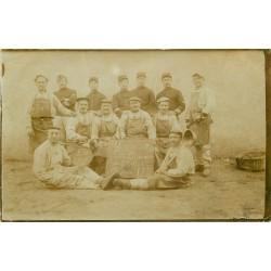 WW MILITAIRES. Photo carte postale des Cuisiniers Régiment du Génie