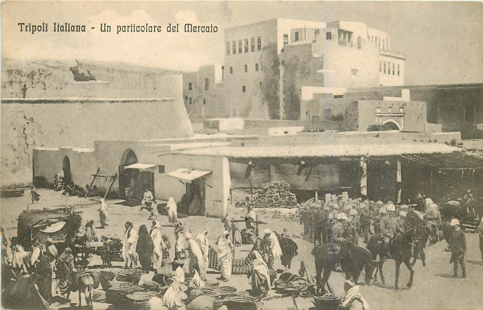 WW LIBYE. Tripoli Italiana il Mercato vers 1910