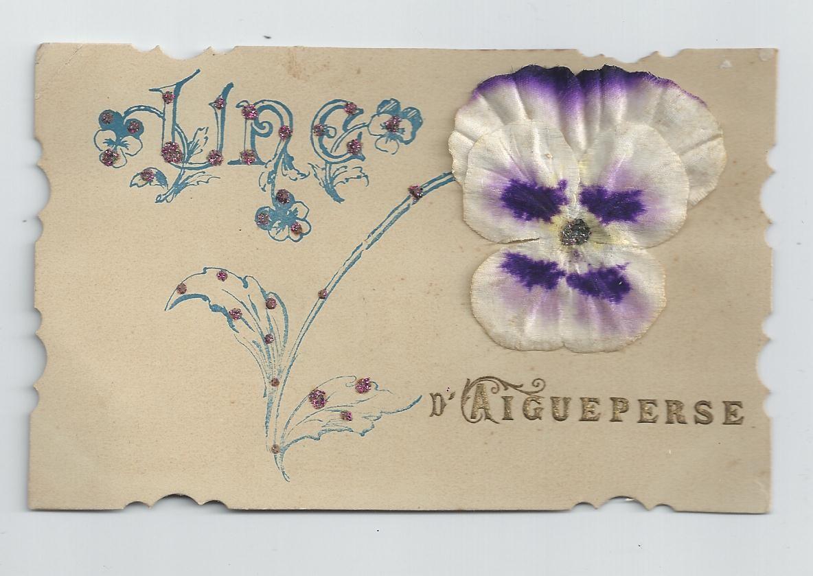 WW 63 AIGUEPERSE. Une Pensée en tissu véritable avec ajoutis et paillettes colorées 1907