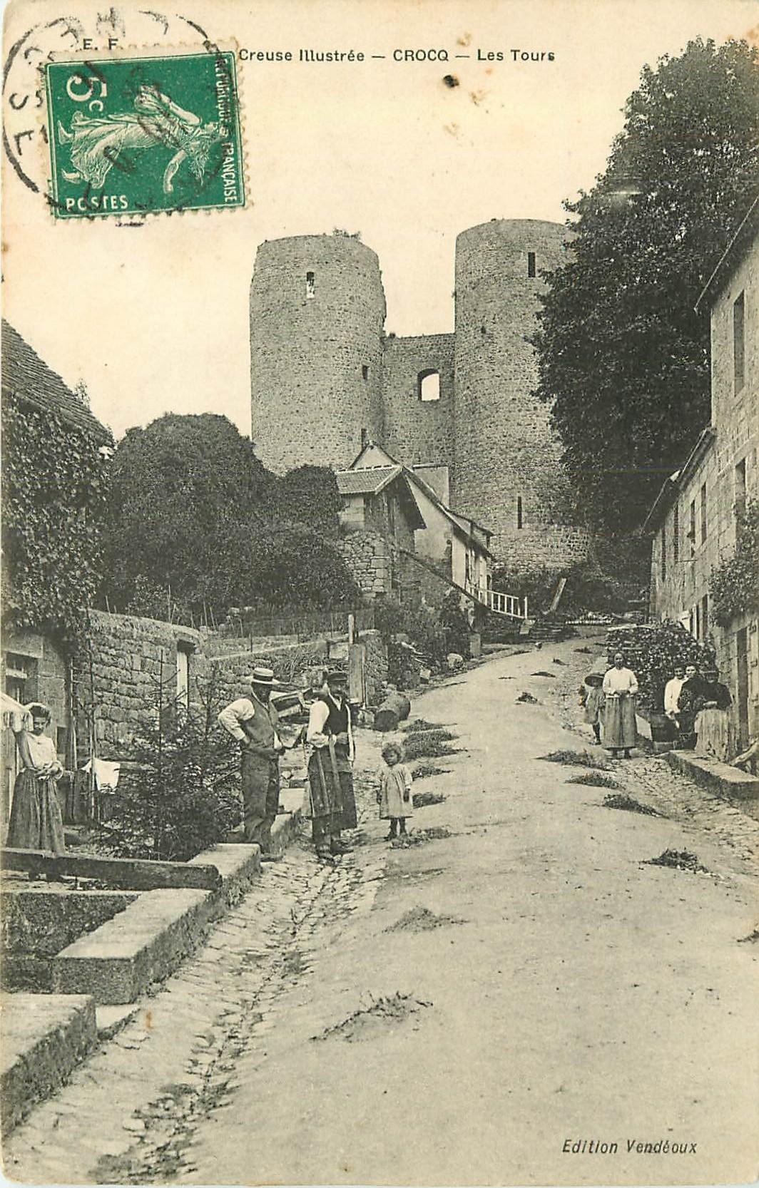 WW 23 CROCQ. Menuisier rue de l'Eglise chemin qui va aux Tours 1911