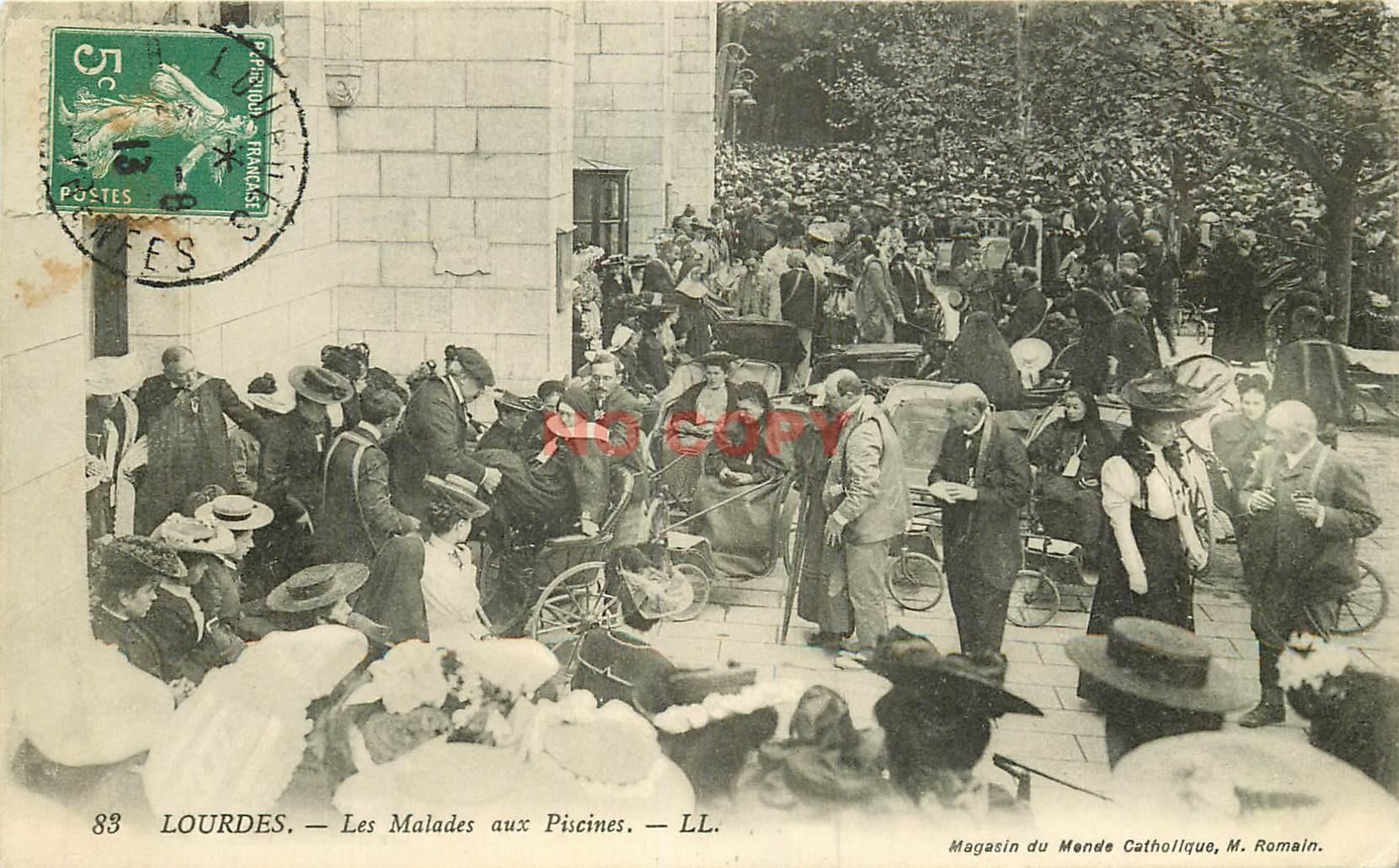WW 65 LOURDES. Les Malades en chaises roulantes aux Piscines 1913
