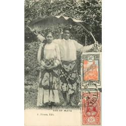 WW TAHITIENS. TITI et MATA pendant la pluie s'abritent sous une feuille de bananier 1929
