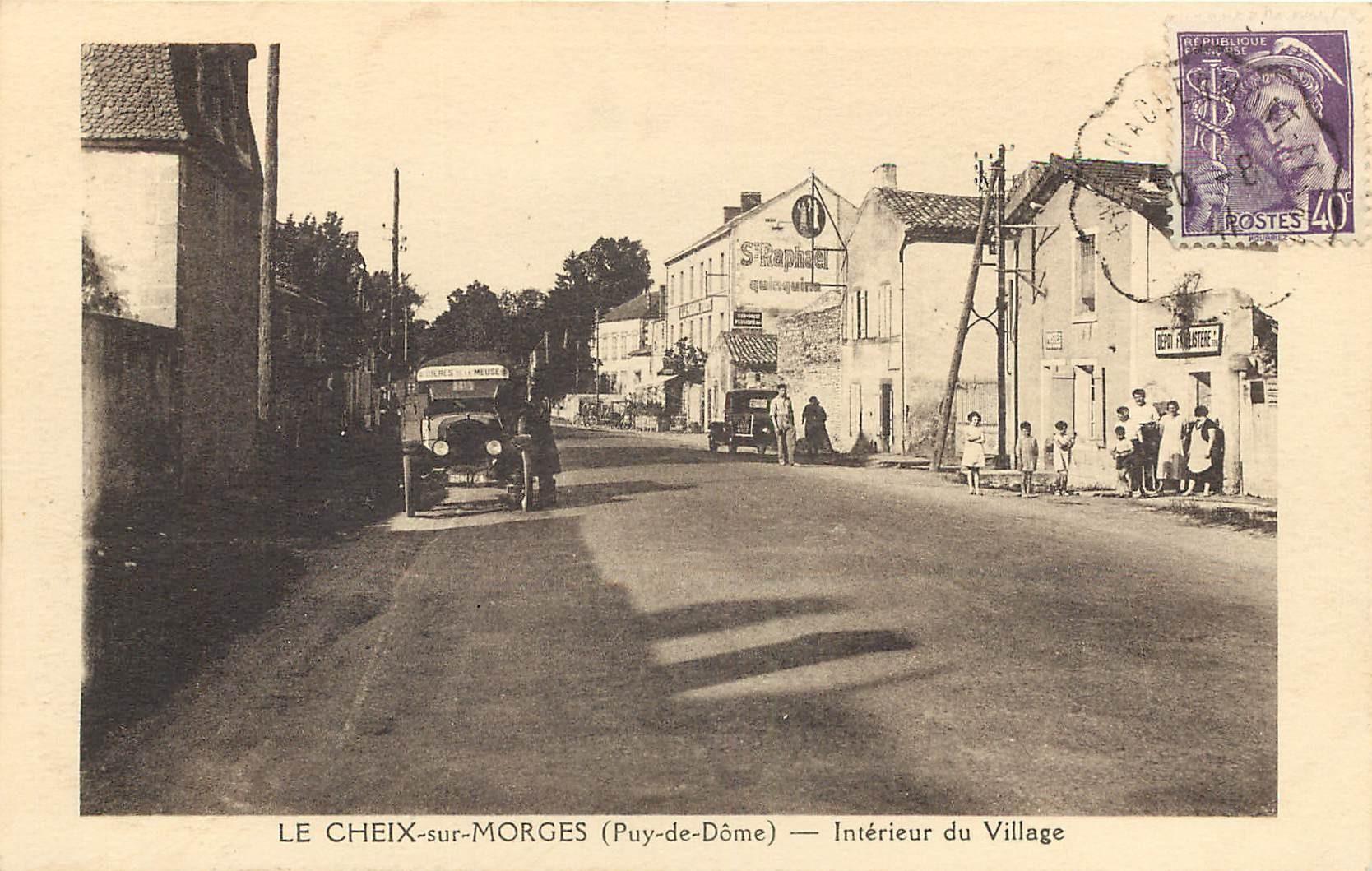 WW 63 LE CHEIX-SUR-MORGES. Camionnette face au Familistère et la Poste vers 1940