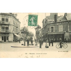 WW 58 NEVERS. Hôtel et Cafés Avenue de la Gare 1909