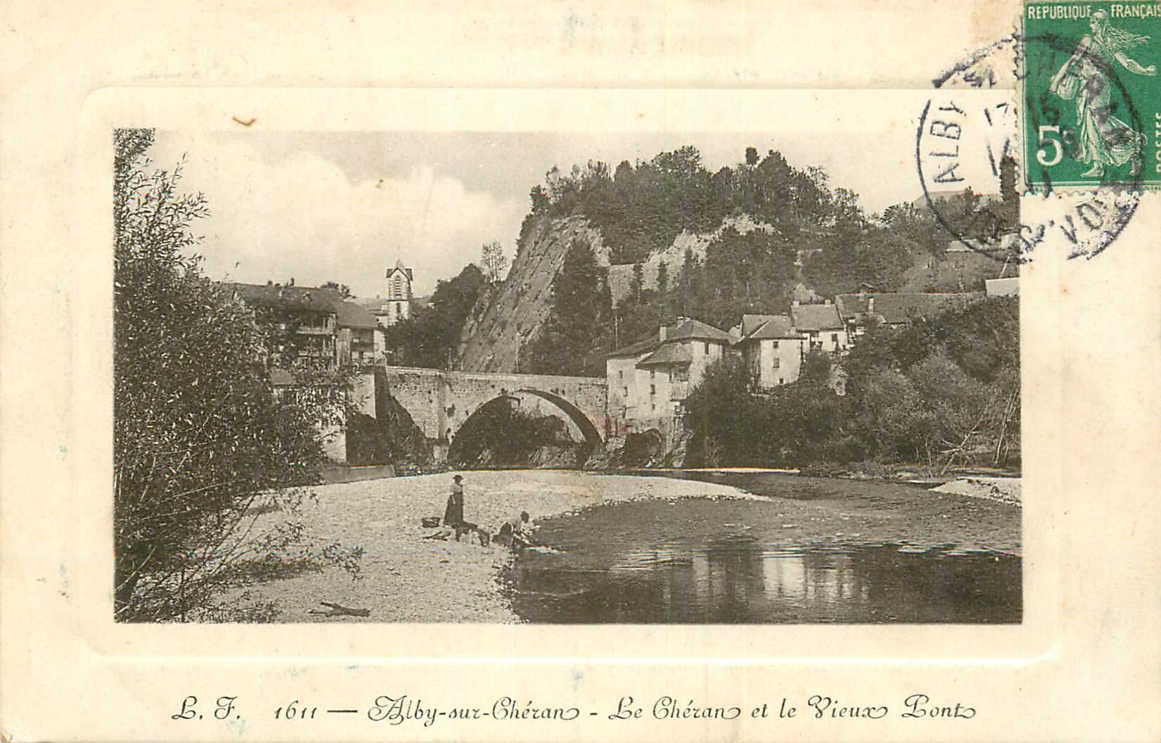 WW 74 ALBY-SUR-CHERAN. Lavandières près du Vieux Pont 1911
