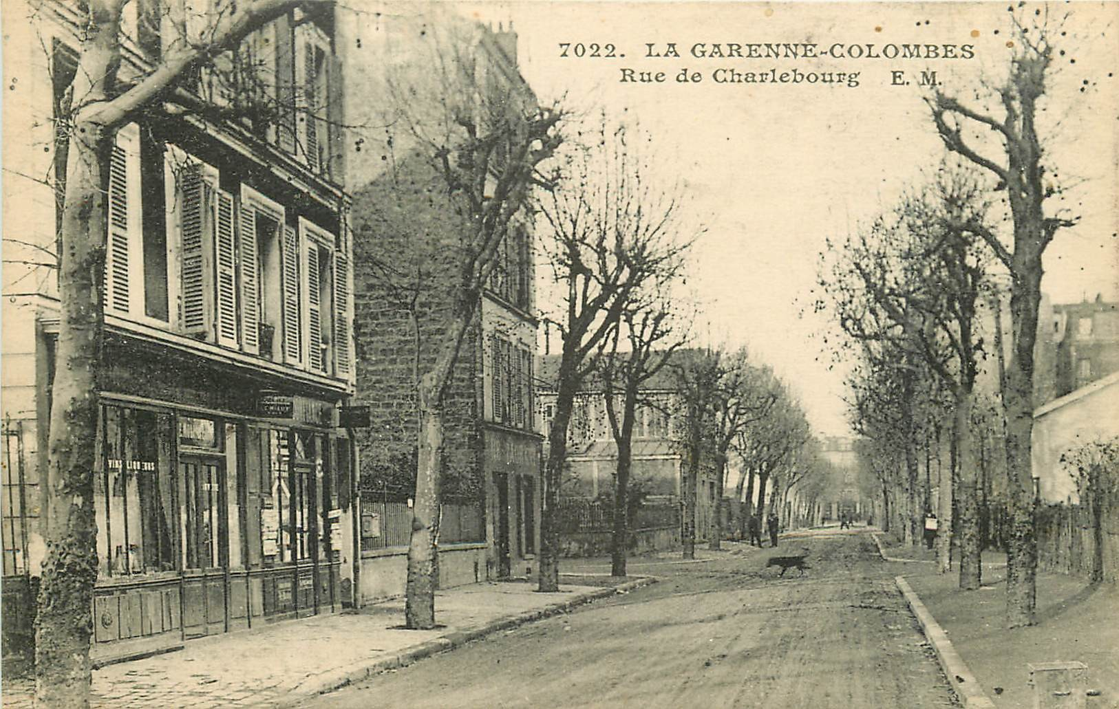 WW 92 LA GARENNE COLOMBES. Buvette rue de Charlebourg 1923