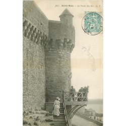35 SAINT-MALO. Porte des Bés 1905