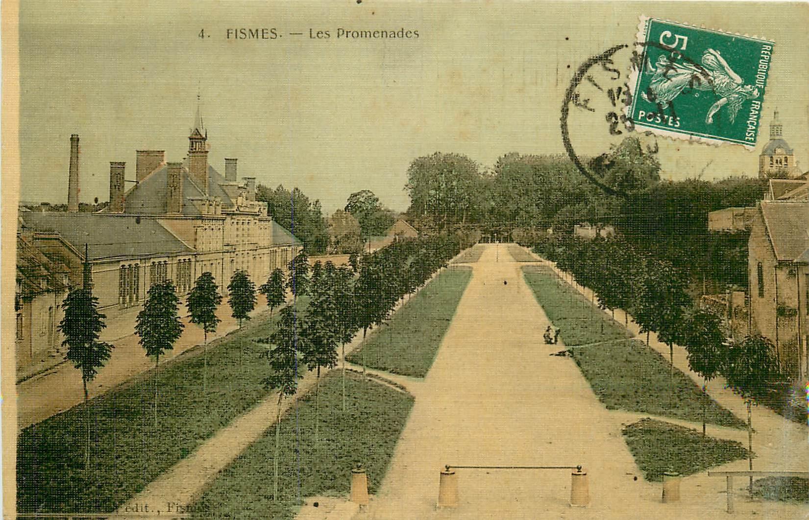 51 FISMES. Les Promenades carte toilée 1910