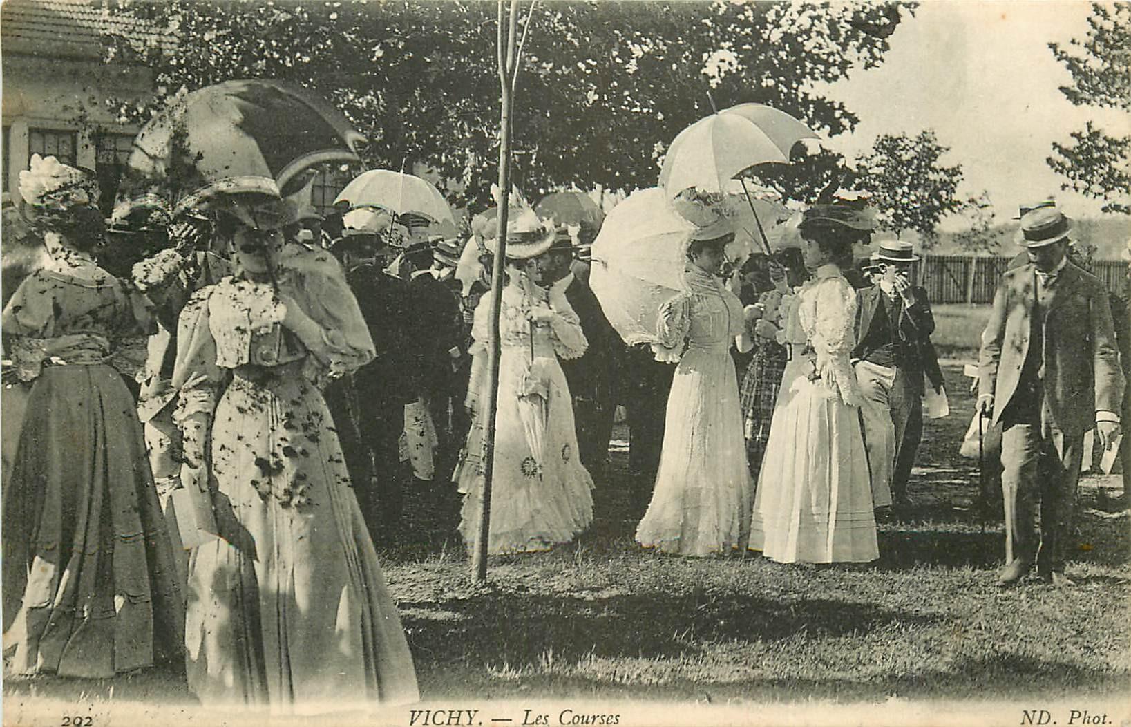 03 VICHY. Les Courses à l'Hippodrome 1908