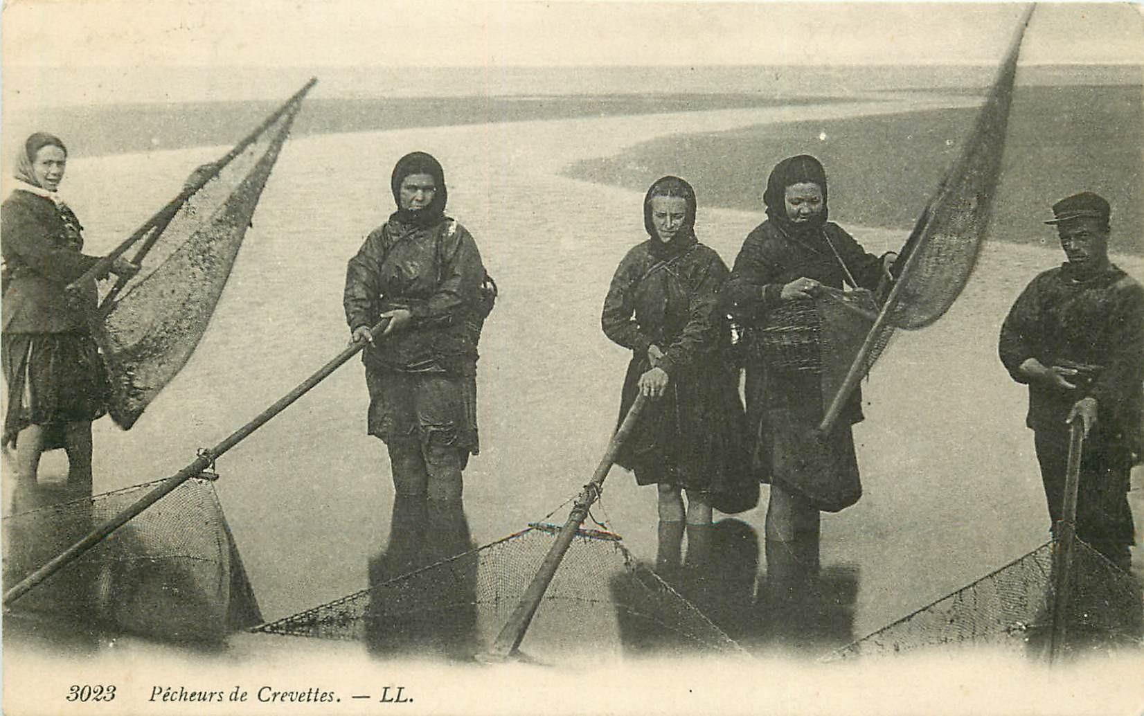 METIERS DE LA MER. Pêcheurs de Crevettes 1923