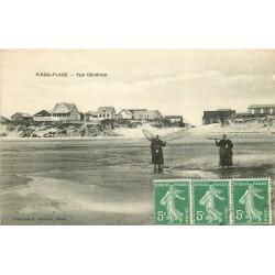 50 PIROU-PLAGE. Pêcheuses de Crevettes 1917