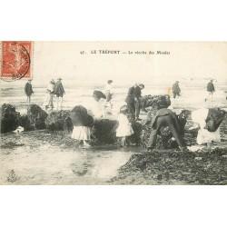 76 LE TREPORT. La récolte des Moules 1908