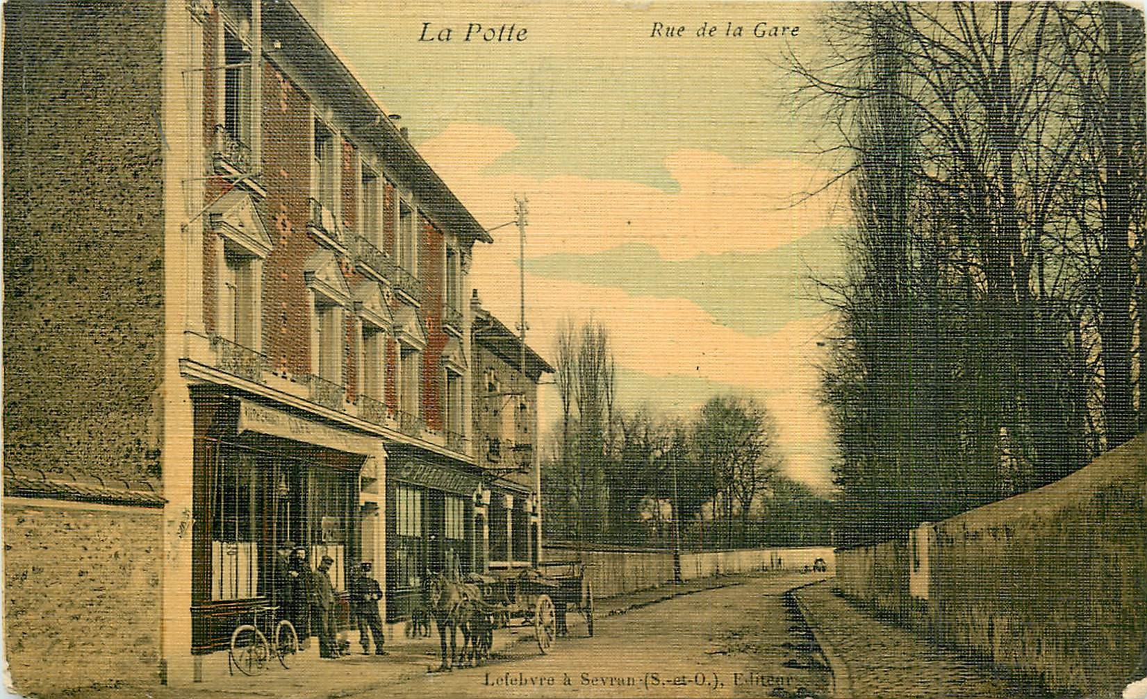 93 LA POTTE. Facteur devant le Café de la Poste et Pharmacie carte toilée