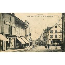 63 AIGUEPERSE. Epicerie Economats sur Grande Rue et Banque Société Générale 1922