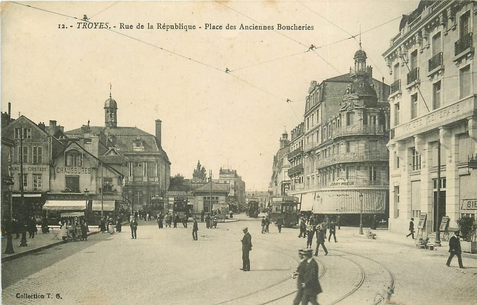 10 TROYES. Banque Société Générale Place des Anciennes Boucheries et rue République 1915