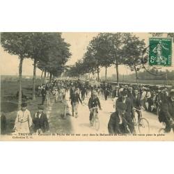 10 TROYES. Concours de Pêche dans la Ballastière en route 1907