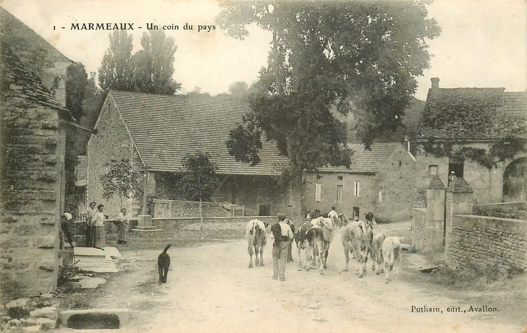 89 MARMEAUX. Paysan rentrant ses Vaches dans un coin du pays 1908