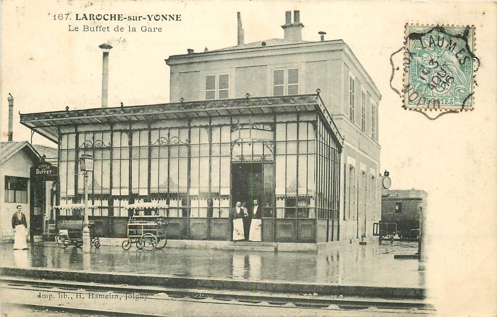 89 LAROCHE-SUR-YONNE. Employés devant le Buffet de la Gare 1906