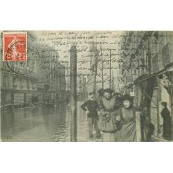 Inondation et Crue de 1910. CLICHY 92. Le Ravitaillement avec la Banque Société Générale