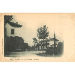 2 Cpa 01 SAINT-JULIEN-SUR-REYSSOUZE. La Gare carte rare et Clos Montendon