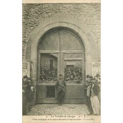 87 LIMOGES. Les Troubles avec Porte de la prison défoncée à coups de bélier en 1905