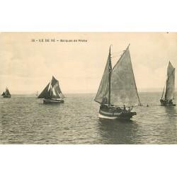 17 ILE DE RE. Barques de Pêche