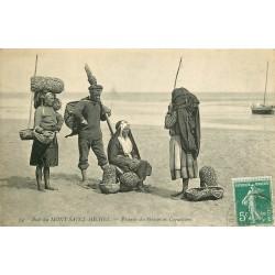 50 LE MONT SAINT MICHEL. Pêcheurs des Grèves et Coquetières 1911