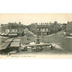 carte postale ancienne 14 DEAUVILLE. Le Marché Place Morny