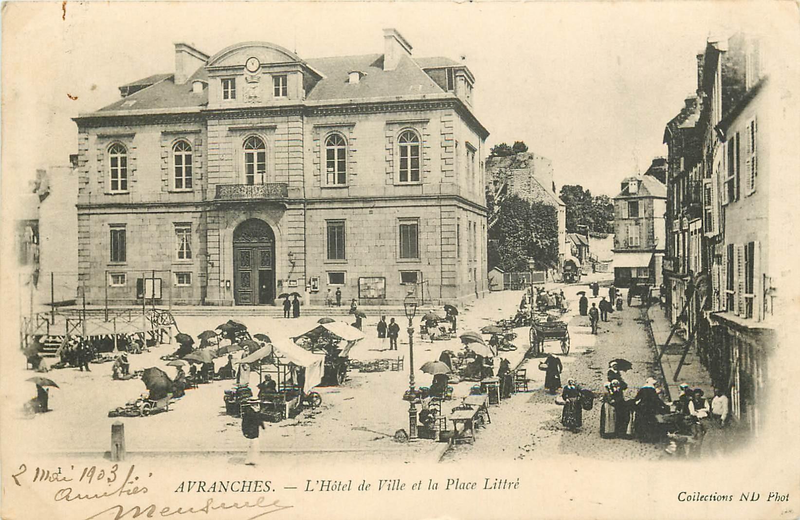 50 AVRANCHES. Hôtel de Ville et Marché Place Littré 1903