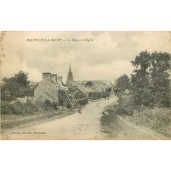 50 RAUVILLE-LA-BIGOT. Le Bourg et l'Eglise
