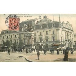 2 Cpa 63 CLERMONT-FERRAND. Vercingétorix devant Théâtre et vespasiennes Place Gaillard