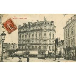 2 Cpa 87 LIMOGES. Central Hôtel Banque Crédit Lyonnais et Café Univers Place Tourny