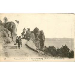 06 Route Corniche de Saint-Raphaël à Cannes. LE ROCHER DES PENDUS 1918