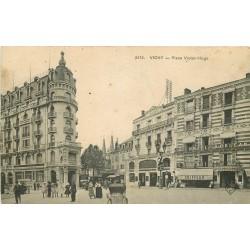 03 VICHY. Banque Société Générale et Hôtel d'Orléans Place Victor Hugo 1914