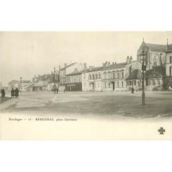 24 BERGERAC. Café de Paris Place Gambetta vers 1900