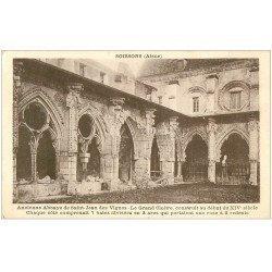 carte postale ancienne 02 SOISSONS. Abbaye Saint-Jean des Vignes. Le Cloître
