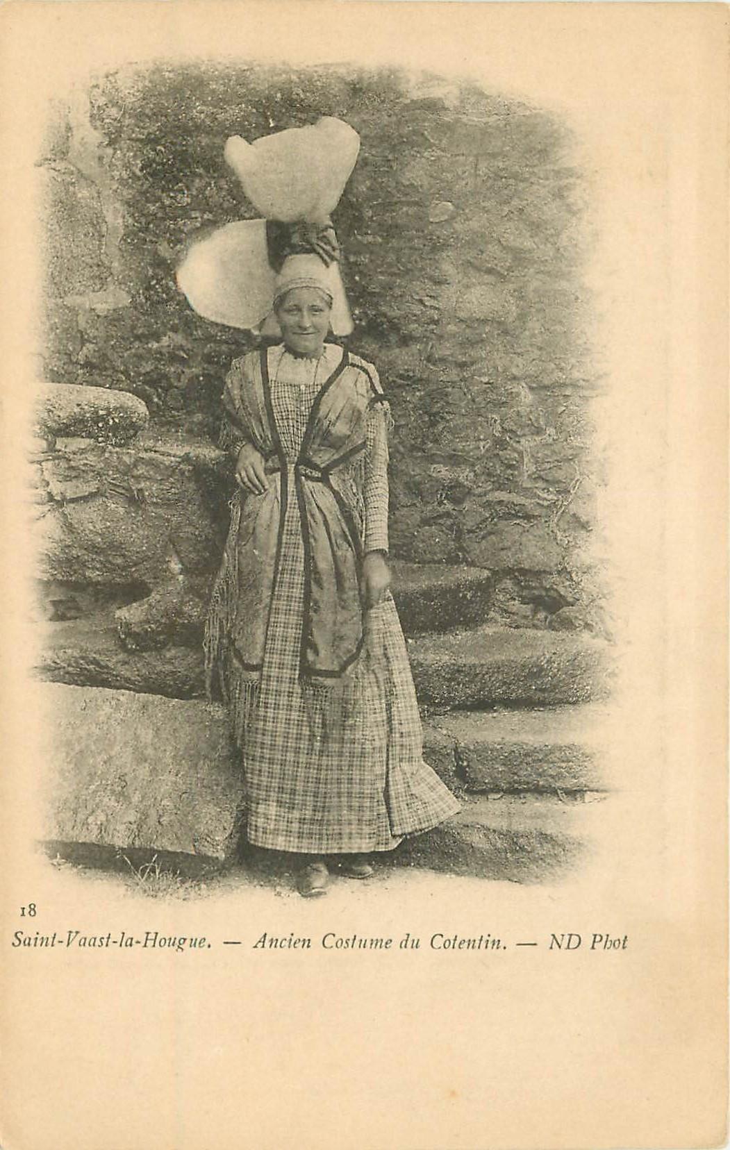 50 SAINT-VAAST-LA-HOUGUE. Ancien Costume du Cotentin