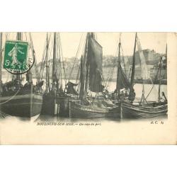 62 BOULOGNE-SUR-MER. Bateaux de Pêcheurs dans le Port