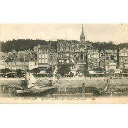 carte postale ancienne 14 TROUVILLE. Eglise Notre-Dame des Victoires et Quais. Affiche Le journal
