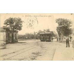 42 ROANNE. Tramways et Octroi Place de la Loire 1905