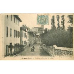 69 GRIGNY. Vendeur ambulant sur la Descente de la Halte du Sablon 1905