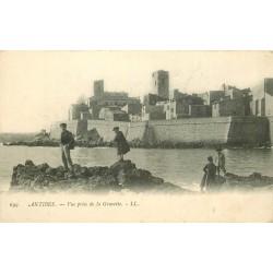 06 ANTIBES. Enfants à la Gravette vers 1900