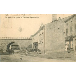 02 PIERREPONT. Café et Boucherie sur la Place avec le Viaduc du Chemin de fer 1907