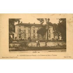 77 CONGIS. Enfants sur le muret du Château du Gué à Tresmes